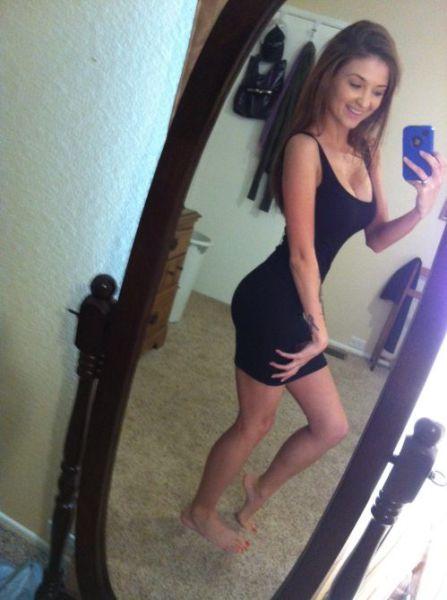 Yup In My Tight Dress! (25 Pics)