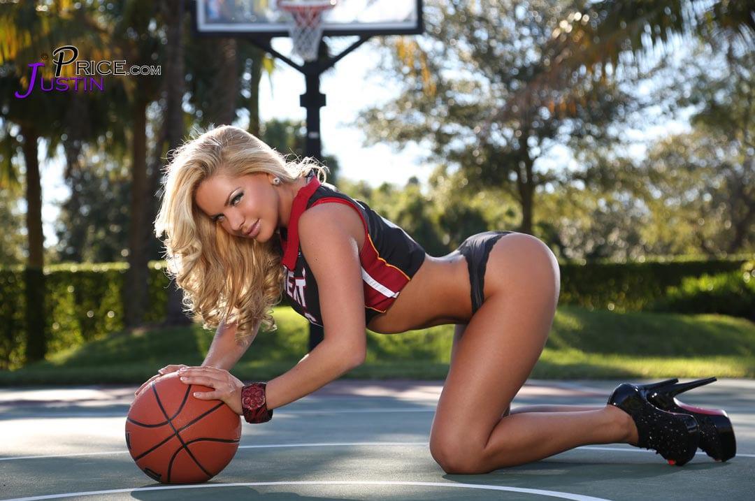 Heather Shanholtz Bringing the Heat