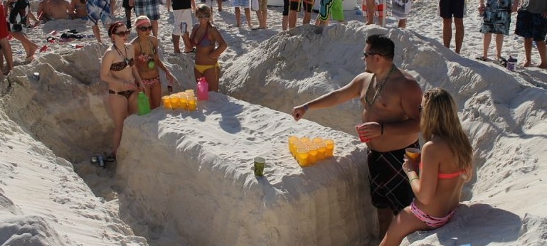 20 Coolest Beer Pong Tables