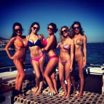 Girls in Sexy Bikinis (30 Pics)