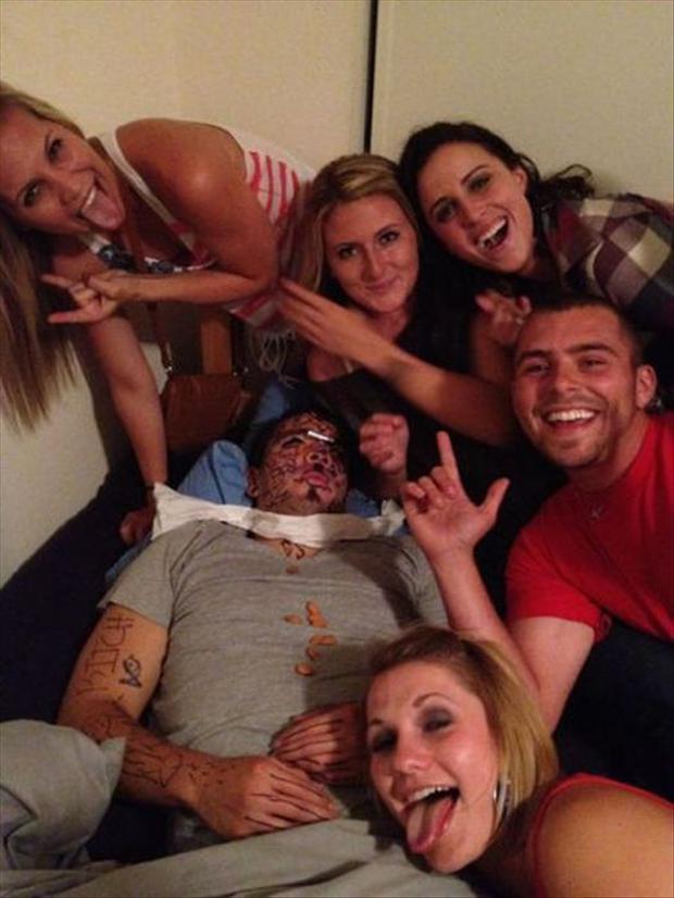 Funny Drunk Pics 12