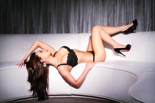Amy Markham: Sexy Legs for Days!