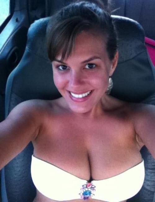 Loving a Woman's POV Right Now (20 Pics)