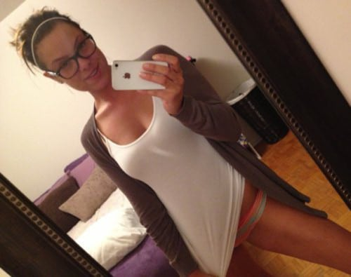 Your Sexy Selfie Sunday is Today! (30 Pics)