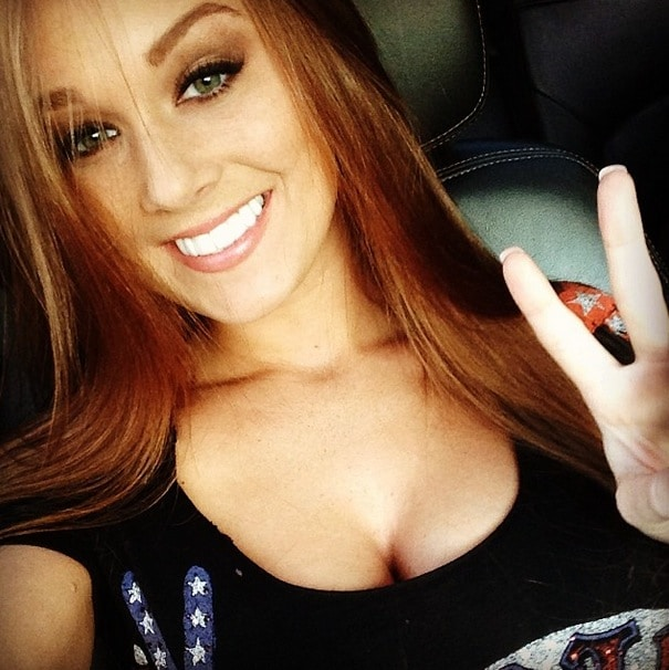 Babe of the Week: Leanna Decker