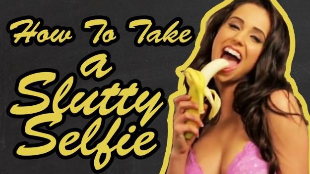 LOL: How to Take a Sexy Selfie (Watch)