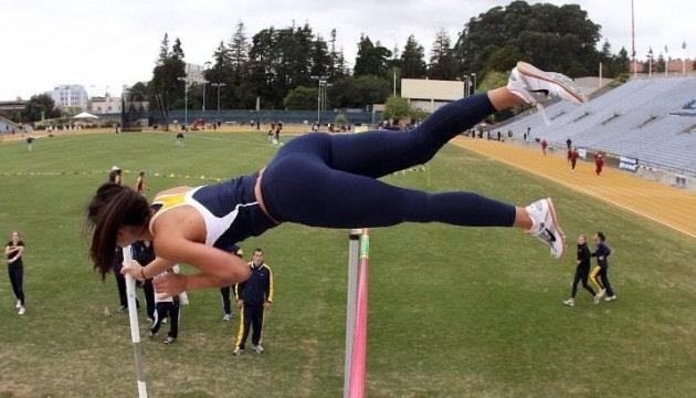 Yoga Pants vs Yoga Shorts? You Decide. (30 Pics)
