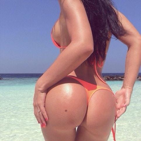Huge Bikini Ass with Sideboob