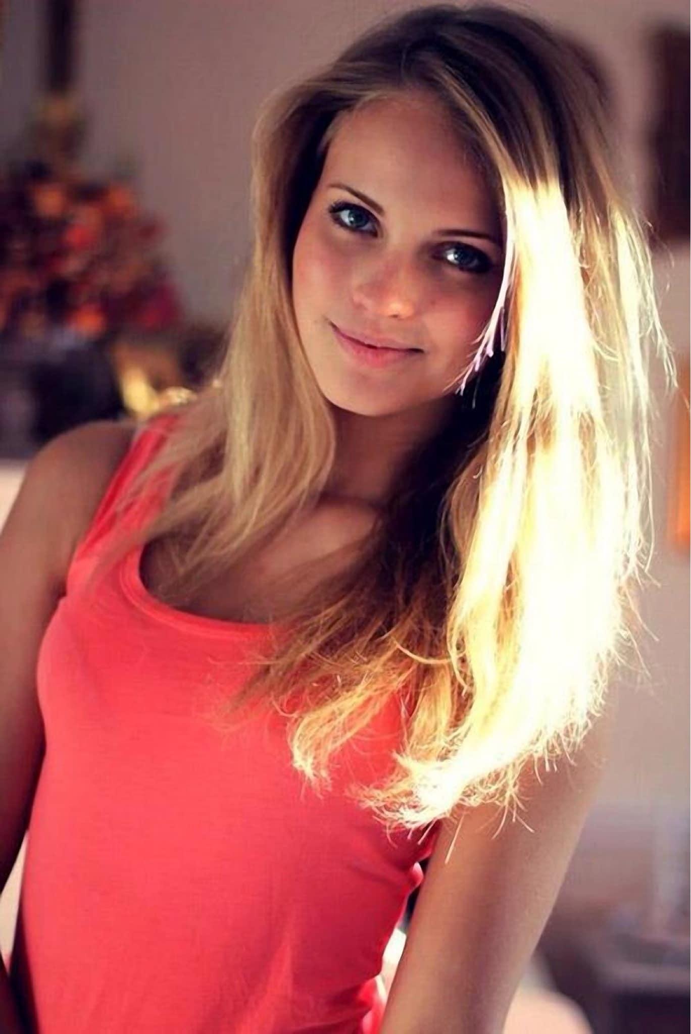 Фото одной молодой красивой девушки вконтакте — 8