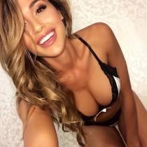 Babe of the Week: Ana Cheri