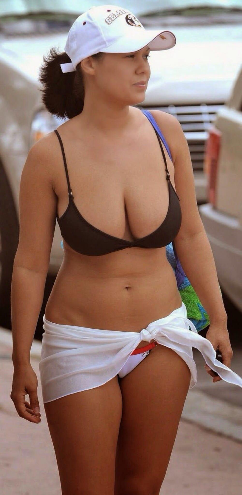 Girls in bikinis making out