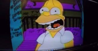 Homer Simpson Trap Music Remix… CRAZYNESS! (Video)