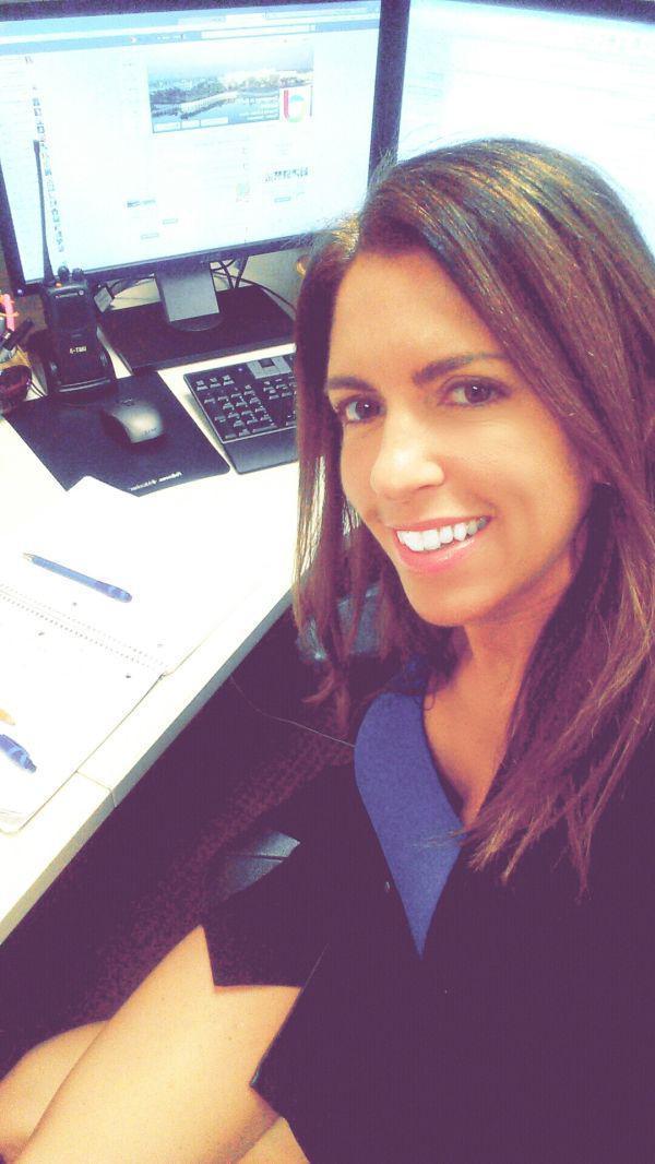 Girls Bored at Work Taking Sexy Selfies (30 Pics)   theRACKUP