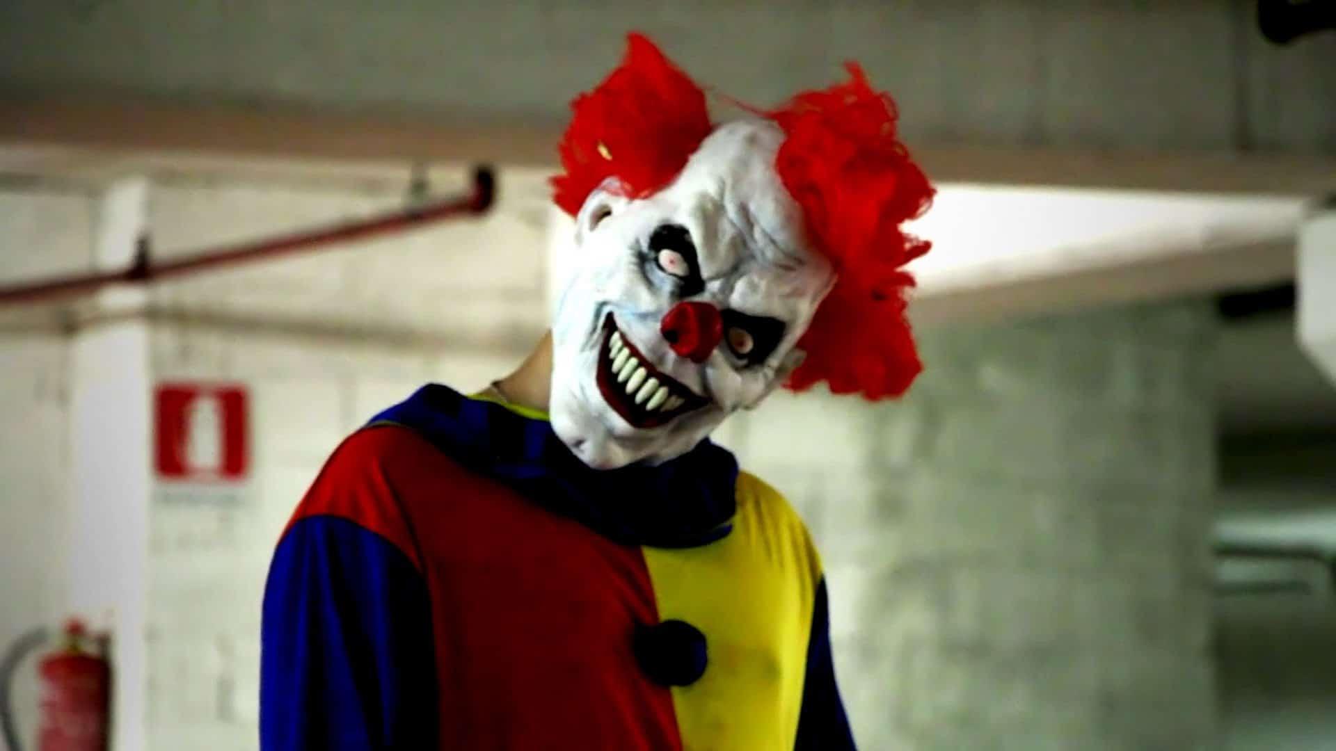 Killer Clown Prank Returns! (Video)