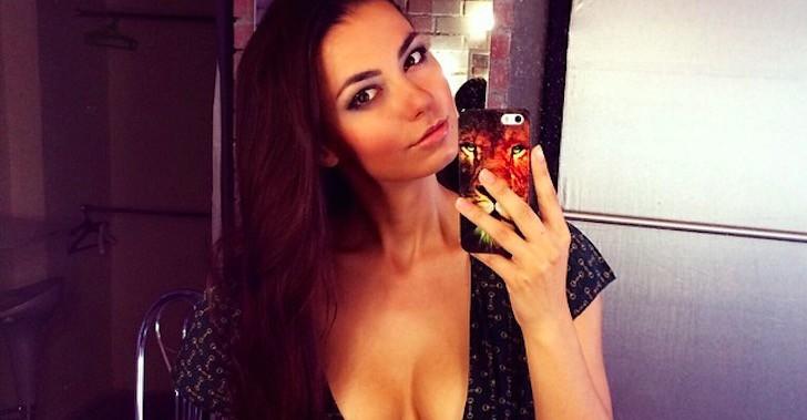 Sexy Selfie Queen: Helga Model Lovekaty (20 Pics)