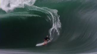 Biggest Teahupoo Wave Ridden (Video)