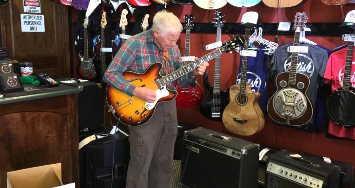 Bob Wood – 80 Years Old and Playing Like Hendrix