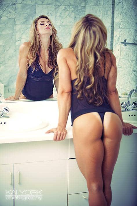 Beautiful nude girlfriend creampie gifs