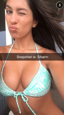 Snapchat in Bikini