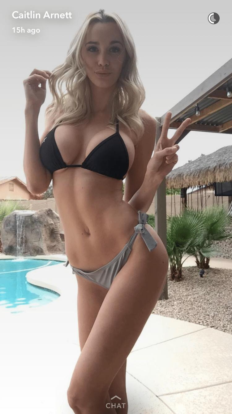 Smoking Hot Girls on Snapchat