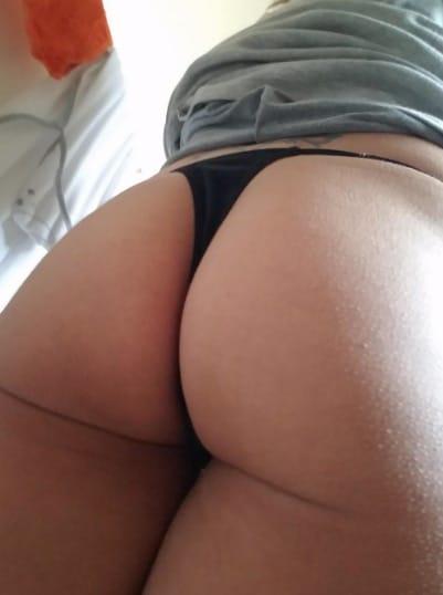 Booty POV Snapchat Selife