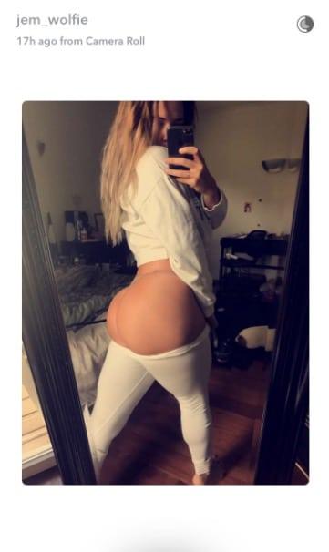 Jem Wolfie Snapchat Butt Selfie