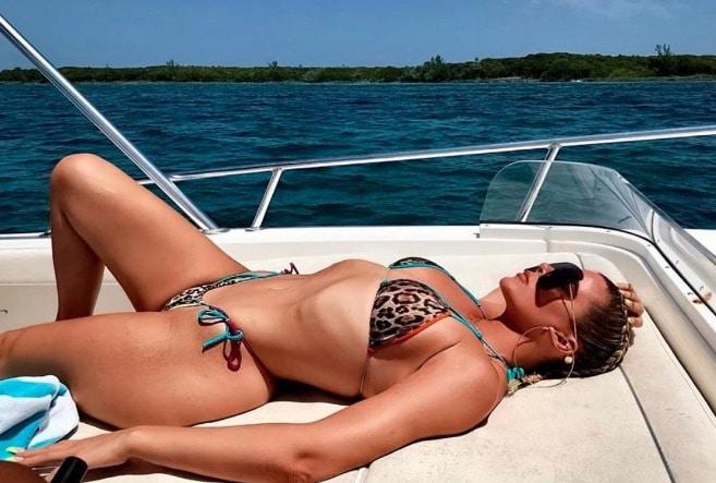 Khloe Kardashian Pictures